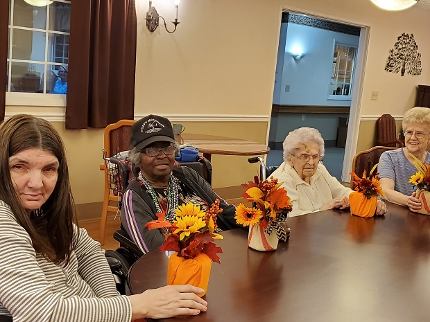nursing home decorations